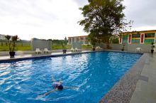 和好朋友在怡保,我们在这间IMPIANA酒店住了两个晚上,环境比较舒适,有个大大的泳池,这里穆斯林风