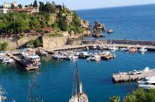 美丽幽静历史悠久的安塔利亚港