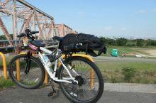 大阪至京都骑行约50公里,一路沿淀川河川公园,鸭川河骑行,风景优美,有专门自行车道。