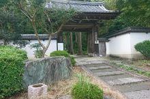 【京都·正传寺】  正传寺是位于京都市北区西賀茂的临济宗南禅寺派的寺庙。 山号:吉祥山 寺内本尊:釈