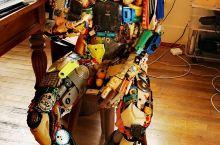 Barbison art sculptures gallery, as strange as it