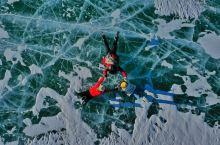 色林措、错愕是那曲地区班戈至尼玛途中的两个个湖泊,冬季结冰了成蓝色,空中俯视,可同时看见两个湖泊。