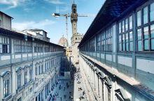 乌菲齐美术馆是世界著名绘画艺术博物馆。在意大利佛罗伦萨市乌菲齐宫内。乌菲齐宫曾作过政务厅,政务厅的意