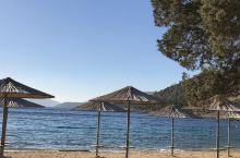 爱琴海土耳其这边,16年去过希腊的爱琴海,景色一样的优美。