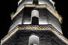 文笔塔封山育林区。文光塔具有一定的历史、科学和艺术价值,现为高州市(县级)文物保护单位。据《高州史》