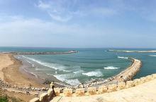 来乌达雅堡,体验碧海蓝天之间的轻灵和厚重  我们9月的摩洛哥之行,乌达雅堡是重要的一站。乌达雅堡就在
