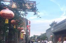 扬州东关步行街,长1146米,宽4-6米,是旧时扬州东乡和苏北里下河地区进入扬州的主要干道,商业兴盛