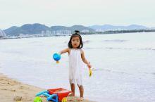 三亚湾,海南留下的美好记忆,如果是自由行的朋友,可以在网上预约旅拍,很方便的,用照片记录美好的旅行!