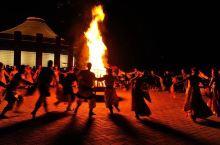 呼伦贝尔包车王殿清师傅带你体验篝火晚会,蒙古包住宿……大部分来呼伦贝尔大草原旅游的人都会选择在黑山头