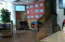 鹤留山(一)         鹤留山餐饮连锁店始创于1994年,算得上东莞的老牌餐饮啦。这家位于花园