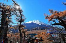 富士山下及大通谷,富士山距离东京有2个半小时车程,喜欢的朋友可以参加当地一天团比较方便,自驾可以开车