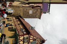 罗腾堡是德国非常有名的一个小镇,之前去过一次,还在那里住了一晚,留下了很好的印象。没想到这次有机会二