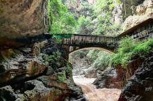 奇幻异景在九乡  到云南,怎可不去九乡?这里有惊险的大峡谷,有神奇的地下石林,有堪称一绝的雌雄双瀑,
