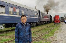 感受沙俄时代的老铁路,曾经是西伯利亚铁路的重要一段,有许多历史故事。现环贝加尔湖仍用蒸汽机车作观光之