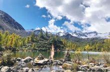 党岭葫芦海(海拔4100米),洁白的雪山,蓝蓝的天空,清清的湖水,浓浓的晨雾,美景如画!惊叹!人间仙
