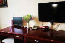 酒店环境很好,卫生为很干净,酒店都服务很热情和贴心,房间里很暖和,房间的空间很大,住着也很舒服,真心
