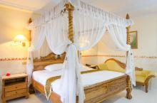 巴厘岛浪漫情侣民宿推荐  一处美景,一间美宿,制造偶像剧般的甜蜜约会  棕榈海滩度假公寓(图1-图3