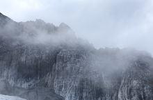 带上麻麻去旅行 之 云南之行 Day4 第七站绝美的玉龙雪山,感叹大自然的鬼斧神工,我们走大索道上到