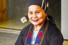 黎族是海南岛上最早的居民,虽然没有自己的文字,却将历史文化镌刻在一种独特的载体——黎锦之上。传承30