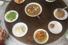 最便宜的候鸟疗养游……一个月吃住1350元。 又来到抚仙湖禄充AAAA风景区,住在山水明鲁老师家。午