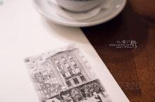 如果来萨尔茨堡,千万不能错过奥地利历史最悠久的咖啡馆Tomaselli。咖啡馆里一半游客一半本地人,