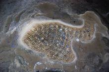 玉华洞全长六公里,是福建最大的一个石灰溶洞,洞内的钟乳石光洁如玉,灯光布置也不错的,徐霞客也曾经到过