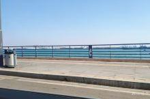 很干净的一座城市     海天一色