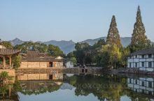 【温州苍坡古村】苍坡村是温州市现存的一处较为完整的古村落,山水风光是其特色。祠堂、亭榭、台、民居等都
