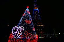 札幌冰雪节即将开幕,漫步札幌街头,登高札幌电视塔,温暖的札幌街头已经做好了准备,华灯璀璨、氛围浓厚,