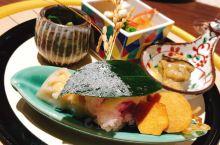 超传统的日式温泉酒店,晚餐怀石料理一共十一道, 温泉酒店晚餐有螃蟹有河豚有鸟取牛 还有各种追求完美的