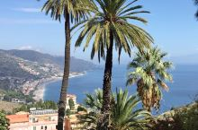 黑手党与美丽的传说一样著名于世的西西里岛-陶尔米娜——这里可以远眺欧洲最大的活火山——埃特纳火山;还