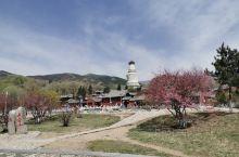 疫情期间慢下脚步来,发现了五台山更美的一面,包括台环镇的精华寺院和自然风光的五座台顶。夏天的五台山,