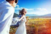 丽江婚纱照 丽江旅拍  最好的爱情 莫过于两人牵着手,穿过风雨 越过彩虹 最后依然是你