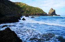奥克兰西海岸,距离著名的冲浪圣地PIHA一山之隔,僻静,可以游泳,冲浪,垂钓,爬山。