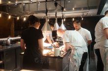 &Kitchen Table at Bubbledogs | London  这是一家我来了N次的@
