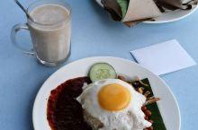 早安。。。。马来西亚经典早餐!辣死你妈, 马来西亚特色之一。无辣不欢,到马来西亚的朋友,一定要尝试!