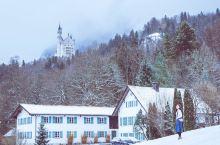 童话世界,德国新天鹅堡!迪士尼城堡原型    德国新天鹅堡,迪士尼睡公主城堡的原型, 下雪后的新天鹅