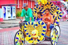 #行摄马六甲花车#  到马来西亚旅行必须要去马来西亚的马六甲市。马六甲古城是世界文化遗产,建于公元1