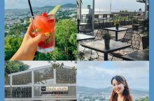 富国岛最适合看日落的山顶咖啡,必打卡  富国岛有两家特别适合看日落的餐厅,on the rock和这