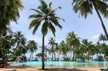 马尔代夫太阳岛,真正适合度假的地方  太阳岛相关信息 地理位置:南马尔代夫阿瑞环礁群岛 气候条件:年