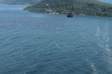 网红海上缆车
