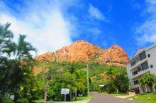 汤斯维尔一座像极了城堡的山  做攻略的时候才发现澳大利亚也有一座城堡山,只是这里城堡山不是城堡而是山