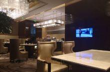 宁德富力万达嘉华酒店体验          第3次入住,行政酒廊餐食不如第1次来时丰富,这点倒没关系