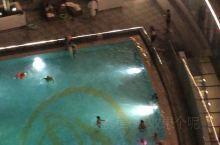 酒店夜景,泳池哇鬼.......