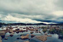 今天是川西七天旅行的第四天,路过海子山的时候,随拍了两张照片。