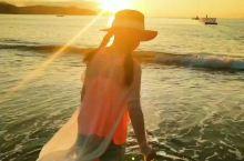*把童年交给大自然掌管,耳际拂过太平洋的季风。