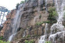 红石寨瀑布