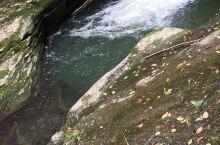 来汉中第二年,一直想爬山,据说,汉中南郑县黎坪森林公园,有小九寨沟之称,是汉中数一数二值得一去的地方