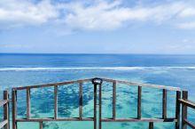 来的巴厘岛第一件事就是去玩滑翔伞。 这是一件等风来的事情。 等待了三个小时,终于等到了风。 傍晚库塔