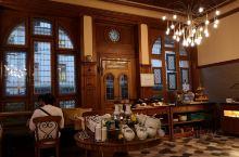 住在巴塞尔的盖亚酒店,喜欢酒店的被子,超级舒服像日式的,床不大,但是很温馨。早餐也是简单但是很好吃,